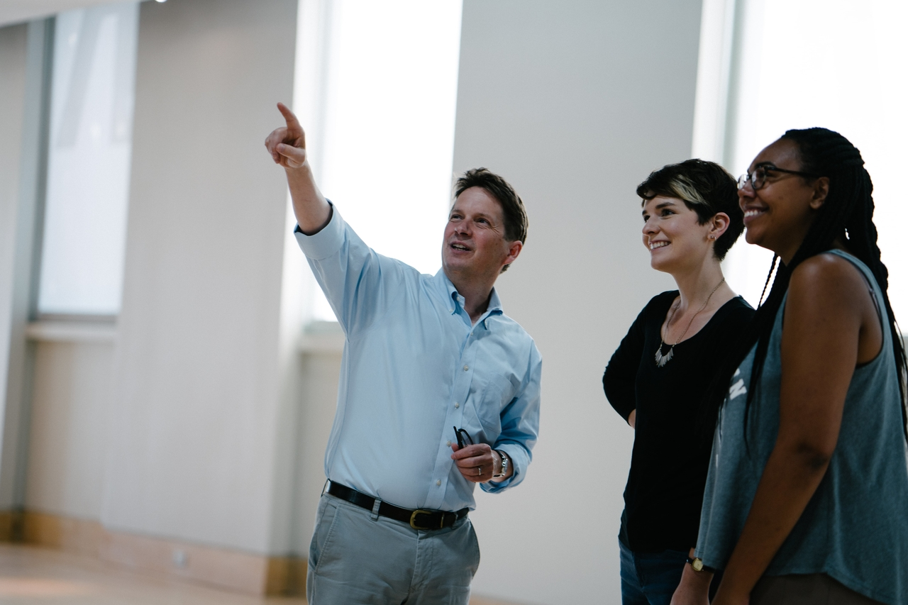 People visiting the gallery. Visit - Tours Image